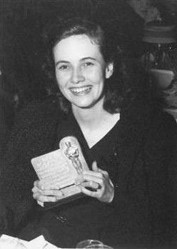Teresa Wright win Oscar