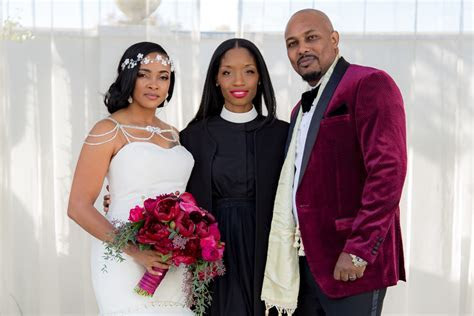8 Philadelphia Area Wedding Officiants Ready to Lead Your