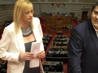 Φωτογραφία για Σάλος από τους διαλόγους στη Βουλή - Ραχήλ: Θα σας κρεμάσουμε - Tζαμτζής: Θα μας κλ@σεις τα αρχ....