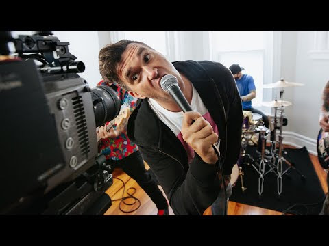New Found Glory - Stay Awhile (Behind The Scenes)