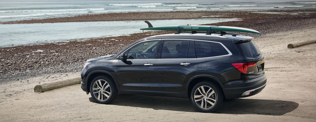 2016 Honda Pilot features and color options
