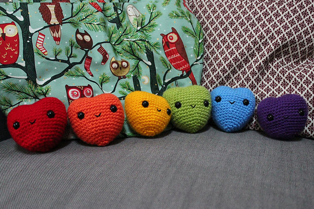 http://www.ravelry.com/projects/misshendrie/hearts-2