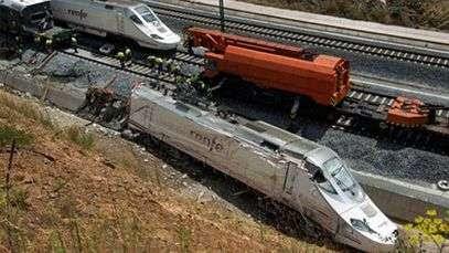 Conductor de tren descarrilado es imputado por homicidio