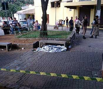 A vítima foi atingida por pelo menos nove tiros (Marcelo Oliveira/EM/D.A.Press)