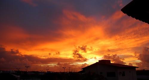 Novo amanhecer by Humberto Diógenes