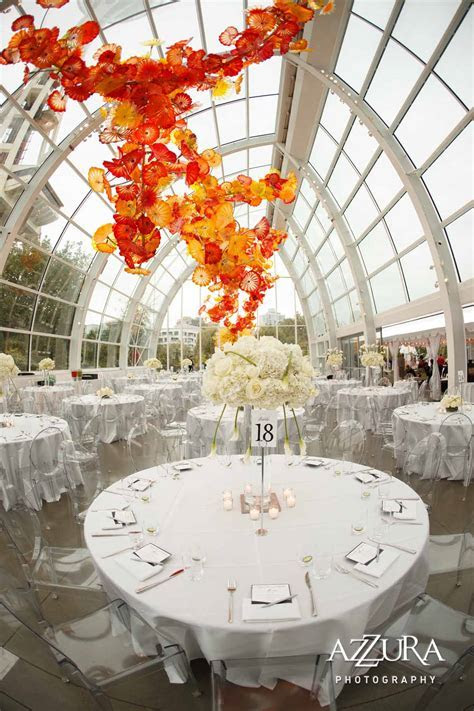 Stunning Wedding at the Stunning Chihuly Garden and Glass