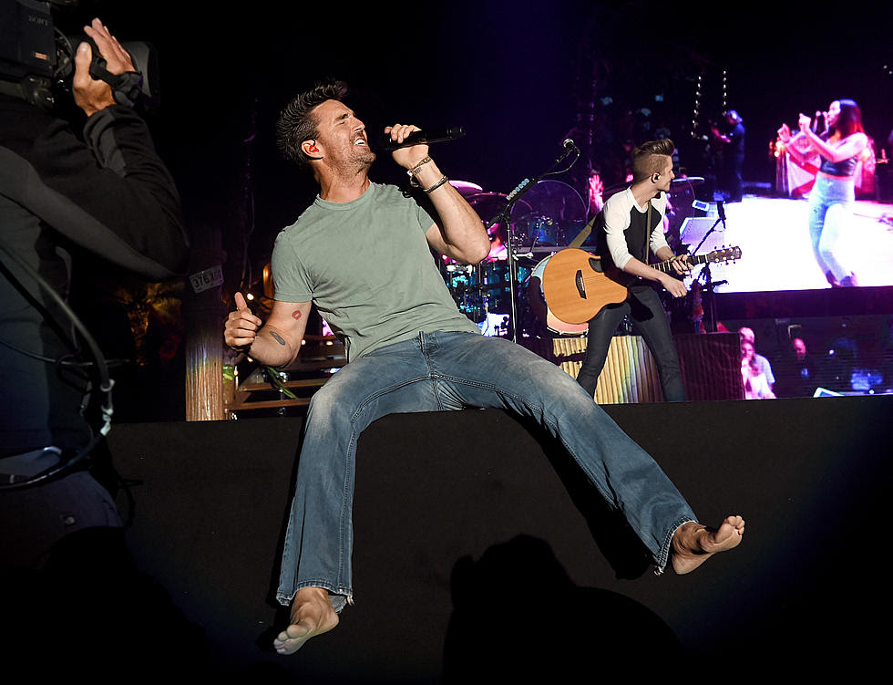 Classic Country Song Of The Day Jake Owen Barefoot Blue Jean Night