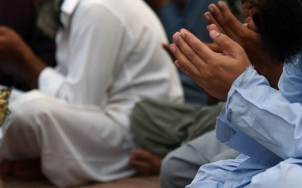 Pakistani muslim pray