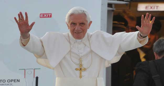 BENEDICTO XVI CONCLUYE HOY CON UNA MISA SU VISITA DE CUATRO DÍAS A ALEMANIA