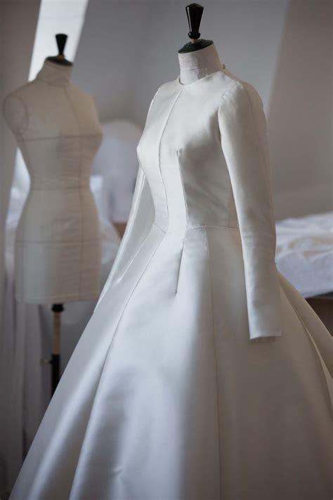 Miranda Kerr?s Wedding Dress by Dior   Luxury Wear