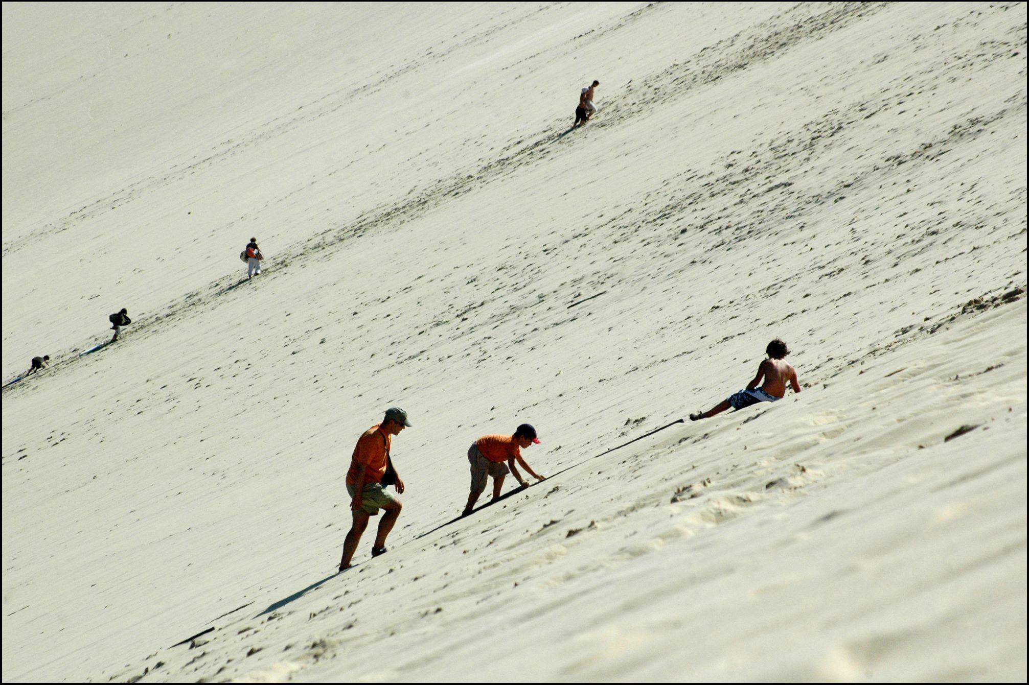 wMB0z Dune de Pyla   A new Sahara desert being born   in France! [30 pics]