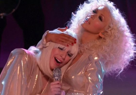 Lady Gaga & Christina Aguilera : The Voice (12/17/13) photo gaga-xtina.jpg