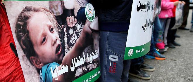 Les agences de l'ONU, le Comité international de la Croix-Rouge (CICR) et le Croissant-Rouge ont pénétré jeudi, pour la seconde fois en une semaine, à Madaya afin de distribuer une aide humanitaire et d'examiner la situation sanitaire des habitants.