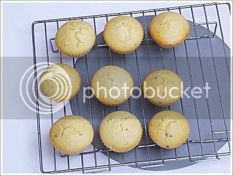 Eggless Mava Cake,Eggless Mawa Cakes,Eggless cardamon cake,Cardamon cake