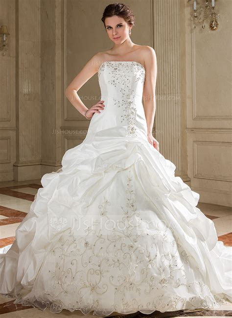 Ball Gown Strapless Chapel Train Taffeta Wedding Dress