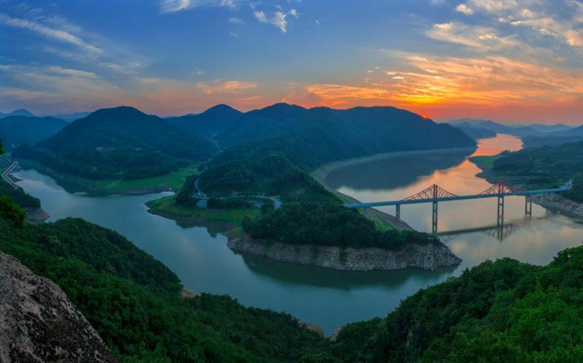 sunset by Bak GiSeok