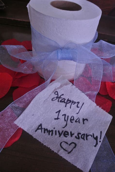 Tips to Create the Perfect First Wedding Anniversary Paper