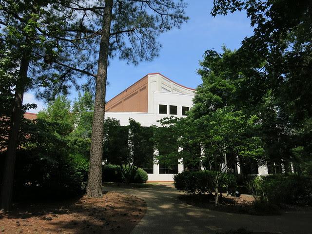 IMG_1602-2013-06-29--Spivey-Hall-brick-lakefront-facade-Clayton-State-University