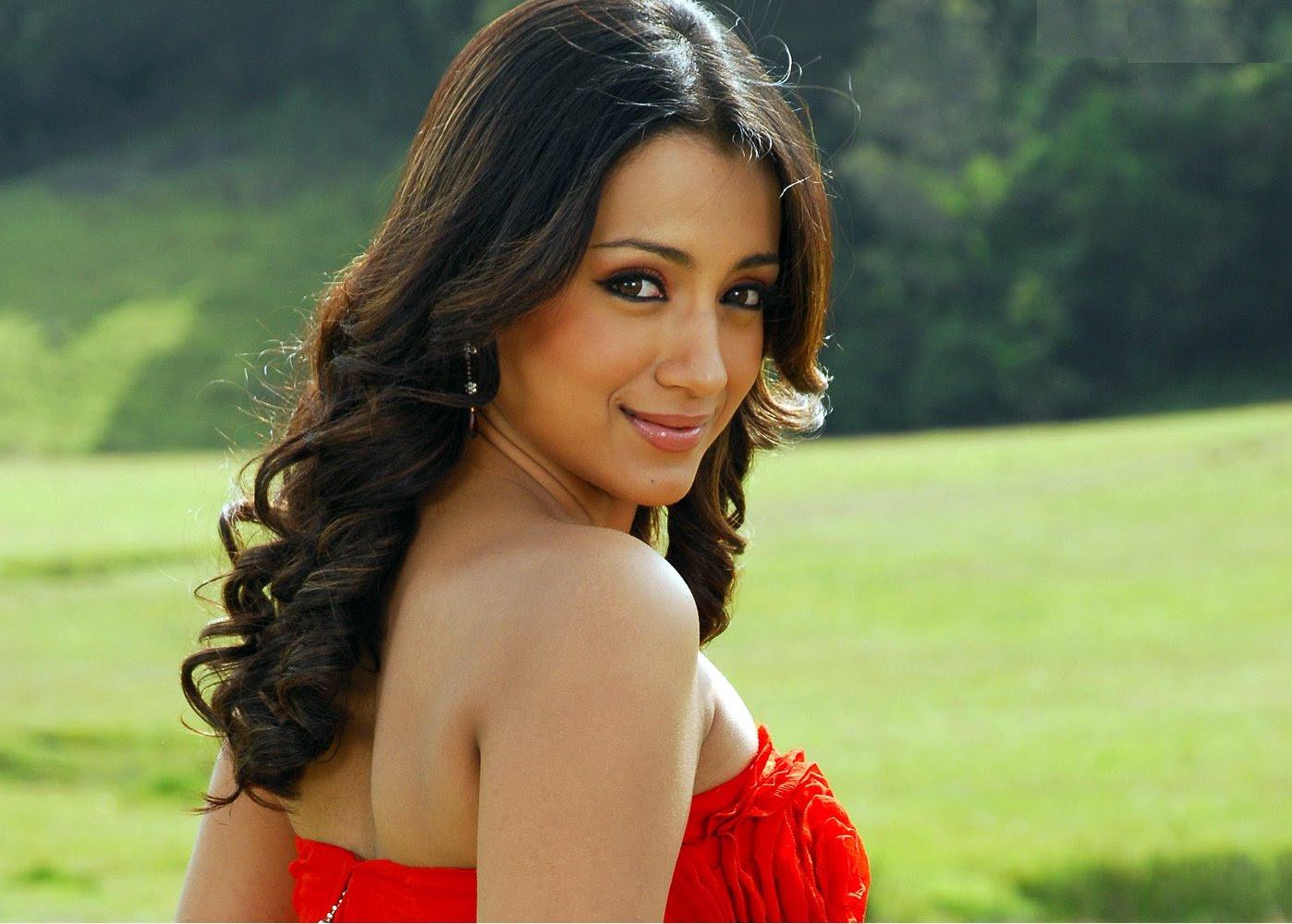 Trisha Telugu Actress Wallpapers title=