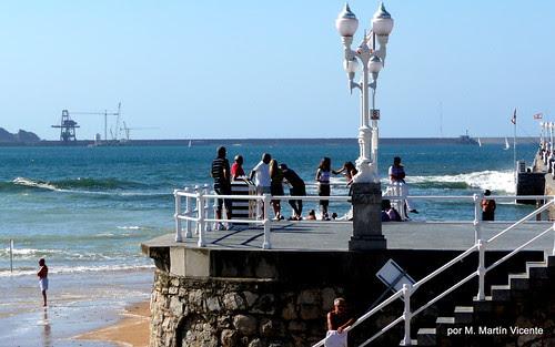 Un lado de la playa