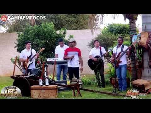 """Paixão da Vaquejada em Vídeo ao Vivo Cantando a Musica """"Saudades"""" de Wesley Queiroz da Dupla Wesley e Igor"""