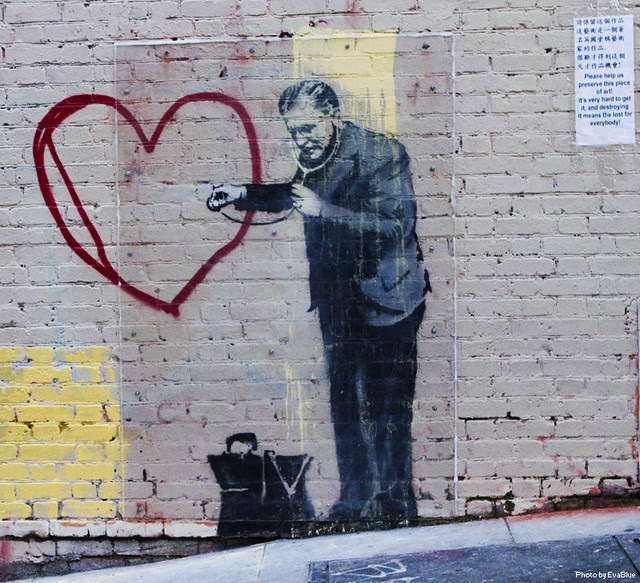 banksy - peaceful hearts doctor - 3