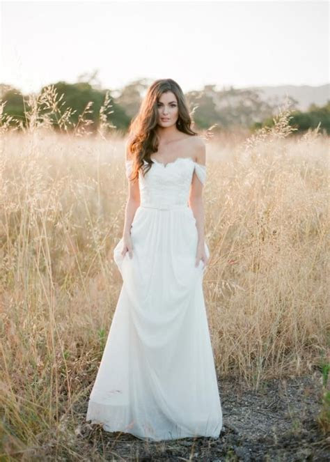 Fitted Lace Wedding Dress Stunning Off The Shoulder