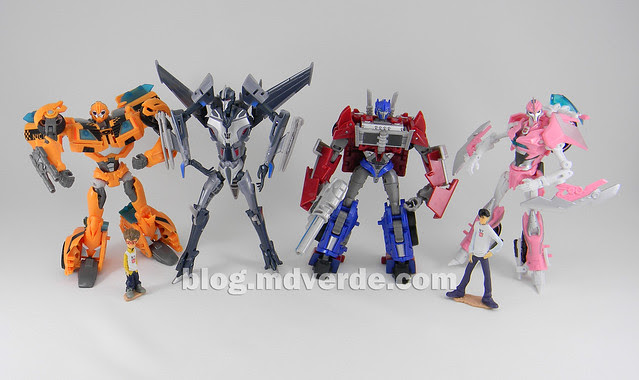 Transformers Starscream Deluxe - Prime First Edition - modo robots vs otros Prime Deluxe
