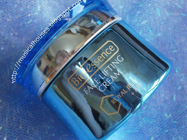 Bioessence Face Lifting Cream with Royal Jelly + ATP