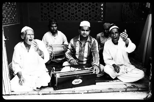 Bhar De Jholi Meri Ya Mohammed ,,Lout Ker Mein Na Jaoon Ga Khali by firoze shakir photographerno1