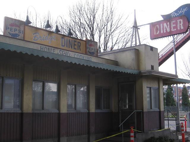 Bridge Diner 5