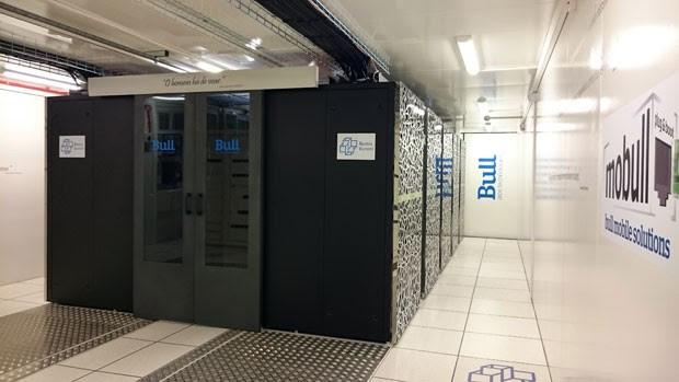 Resultado de imagem para Supercomputador brasileiro Laboratório Nacional de Computação Científica (LNCC)