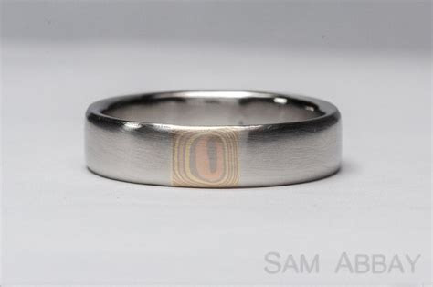Rings with Inlay ? New York Wedding Ring