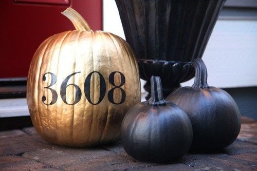 Good Life of Design: The Pretty Side Of Halloween  http://goodlifeofdesign.blogspot.com/2012/10/the-pretty-side-of-halloween_22.html