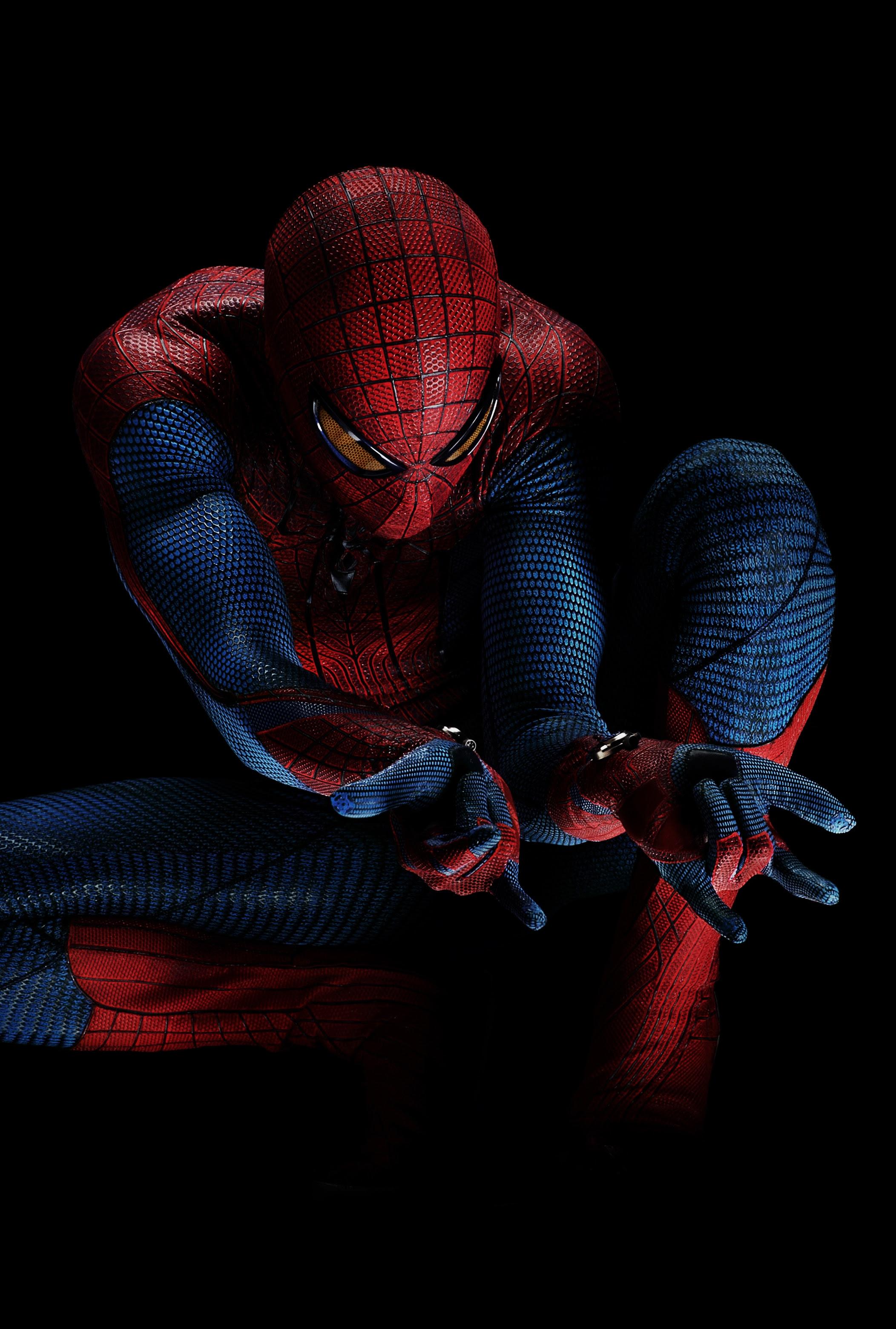 http://film-book.com/wp-content/uploads/2011/02/andrew-garfield-the-amazing-spider-man-01.jpg