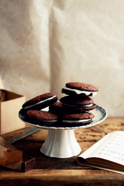 Double chocolate filled cookies