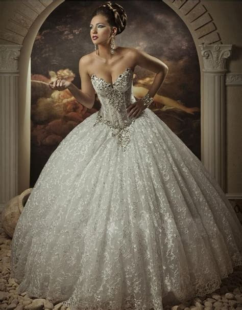 1000  ideas about Lace Ball Gowns on Pinterest   Champagne