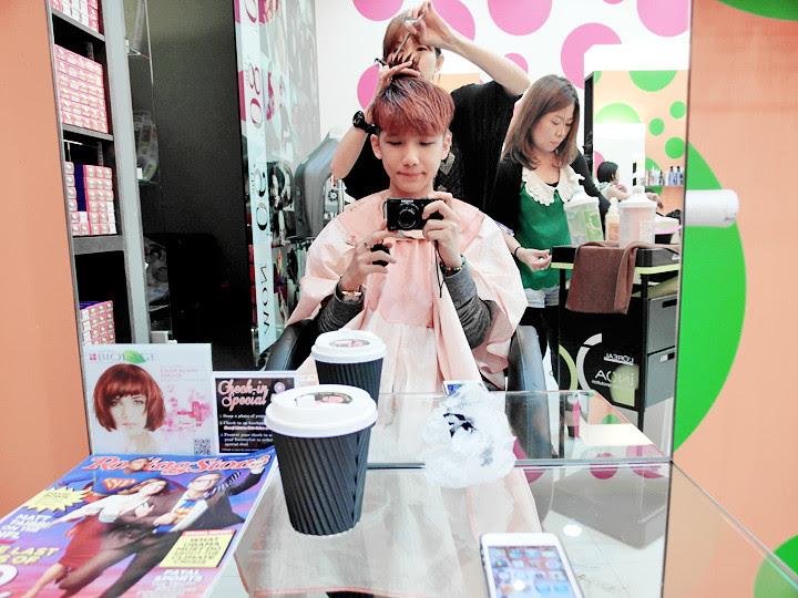 typicalben cutting hair at shunji matsuo
