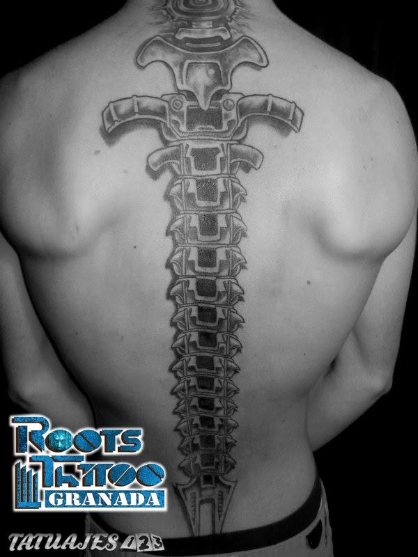 Columna Vertebral Tatuajes 123
