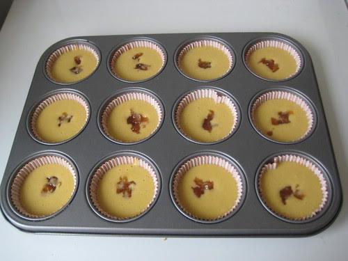 Vegan Apricot-Almond Cupcakes