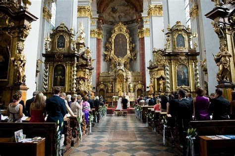 Catholic Weddings   St. Jilji Church   Wedding in Prague
