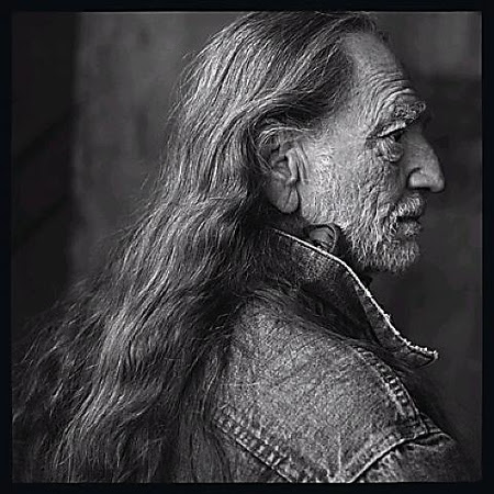 Photo by Annie Leibovitz - Click for Galleries and Biography - A John Brody Photography Favorite