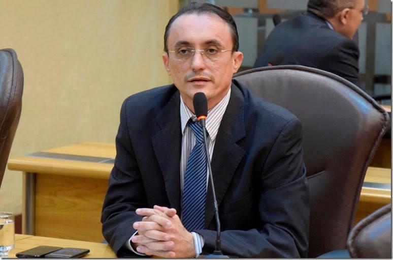 Deputado estadual Souza