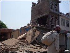 Damage in Mingora, 31 May, 2009