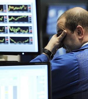 Il referendum greco affonda le Borse Italia sorvegliato speciale, vola lo spread
