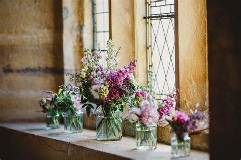 Best 10  Church wedding flowers ideas on Pinterest   Pew