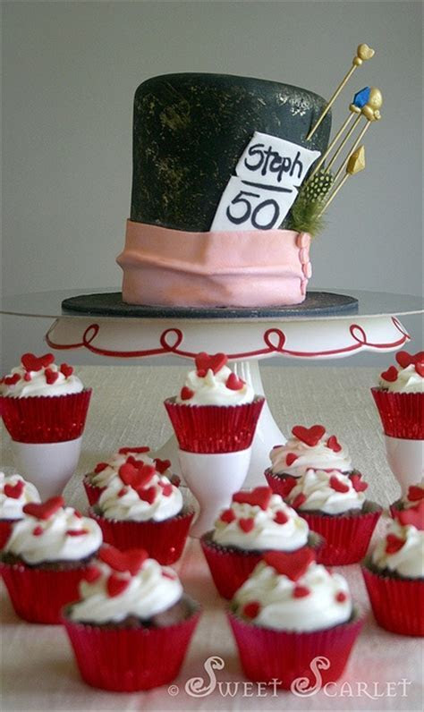 151 best images about Queen of hearts on Pinterest   Cakes