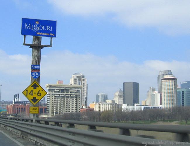 St Louis Missouri Sign