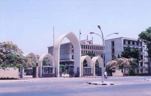 http://gate.ahram.org.eg/Media/News/2013/5/12/2013-635039644191181862-118_main.jpg