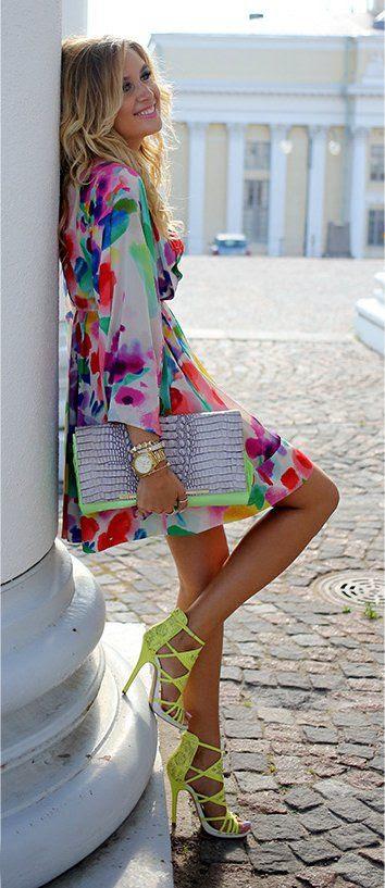 Dress: H&M - Heels: River Island - Bag: Diane von Furstenberg